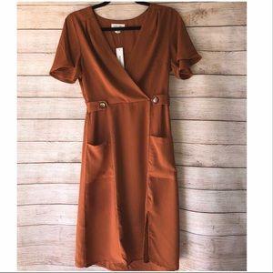 Monteau Rust Short Sleeve V Neck Knee Length Dress